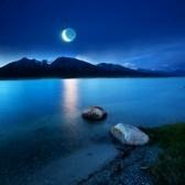8317490-lake-at-moonlight