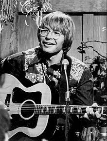 220px-John_Denver_1975